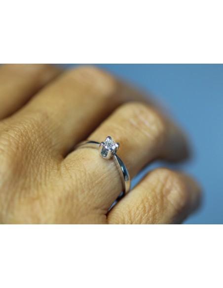 anello solitario Palermo diamante kt. 0,12 Opera Italiana Jewellery