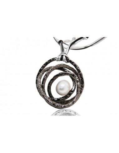 pendente argento design originale con perla e con cordino in pelle