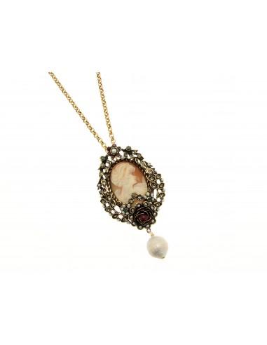 collana stile antico cammeo granati smeraldi e perle
